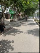 河南通许县城市管理执法大队对行政路市容乱象开